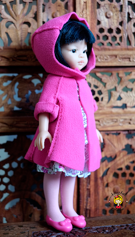 куколка Паола Рейна