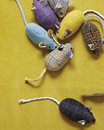Простая мышка из ткани