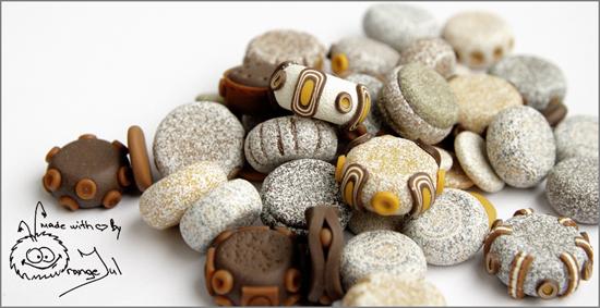 имитация камня из полимерной глины с помощью пудры для эмбоссинга